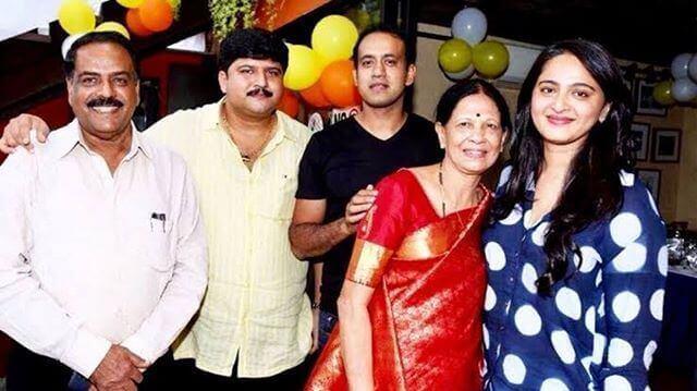 anushka shetty family members